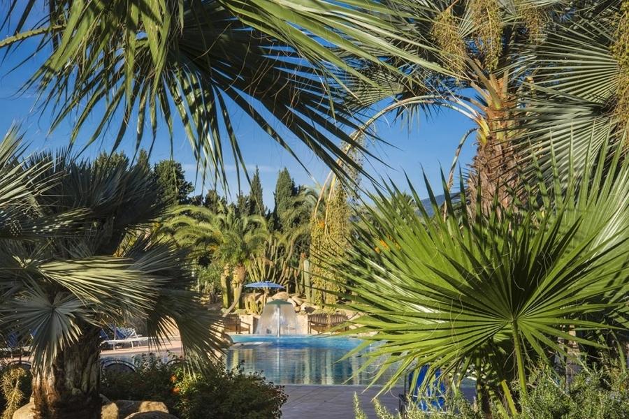 vacanze-con-giardino-in-Sardegna-Italia.jpg